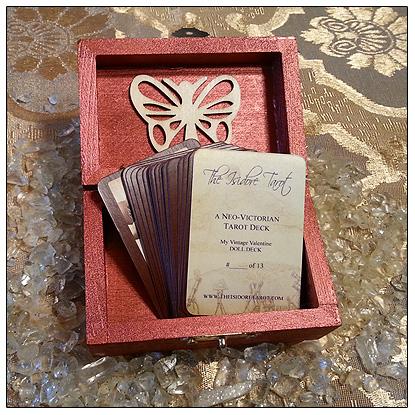 My Vintage Valentine Isidore Mini Tarot Deck